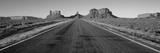 Carretera en el Valle de los Monumentos, Arizona, EE UU Lámina fotográfica