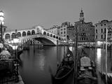 Rialto-broen, Canal Grande, Venedig, Italien Fotografisk tryk af Demetrio Carrasco