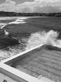 New South Wales, Sydney, Bondi Beach, Bondi Icebergs Swimming Club Pool, Australia Lámina fotográfica por Walter Bibikow
