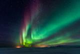 Aurora Borealis, Northern Lights Reproduction photographique par  SurangaWeeratunga