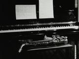 Saxophone and Piano, the Fairway, Welwyn Garden City, Hertfordshire, 7 May 2000 Fotografie-Druck von Denis Williams