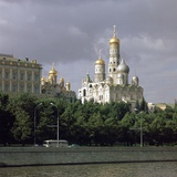 Kremlin Seen across the Moskva River Reproduction photographique par CM Dixon