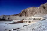 Temple of Queen Hatshepsut, West Bank, Luxor, Egypt, C1470 Bc Reproduction photographique par CM Dixon