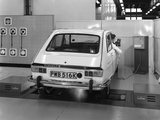 Renault 16 Tl Automatic on a Laycock Brake Testing Machine, Sheffield, 1972 Reproduction photographique par Michael Walters