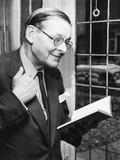 T.S. Eliot, Smiling in Reminiscence, Nov. 10, 1959 Foto