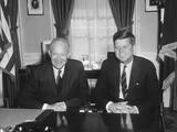 President Dwight Eisenhower Meets with President-Elect John Kennedy Foto