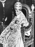 Pope Pius XII Celebrated the 10th Anniversary of His of His Papacy at the Sistine Chapel Fotografía