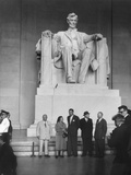 Premier Nikita Khrushchev and Others Beneath the Lincoln Statue in the Lincoln Memorial Foto