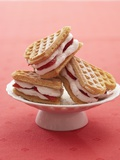 Heart-Shaped Waffles Filled with Strawberry Cream Fotografisk tryk af Marc O. Finley