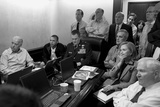 President Obama and His National Security Team in the White House Situation Room Fotografisk trykk av Stocktrek Images,