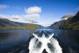 New Zealand's Doubtful Sound, Ferry Crossing Lake Manapouri Reproduction photographique par Micah Wright