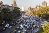 Chhatrapati Shivaji Terminus Train Station and Central Mumbai, India Fotografie-Druck von Peter Adams