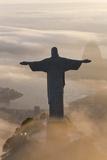 Art Deco Statue of Jesus,On Corcovado Mountain, Rio de Janeiro, Brazil Reproduction photographique par Peter Adams