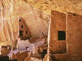 USA, Colorado, Mesa Verde, Long House Lámina fotográfica por John Ford