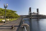 Oregon, Portland. Waterfront Park Along the Willamette River Reproduction photographique par Brent Bergherm