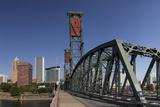 USA, Oregon, Portland. Downtown and the Hawthorne Bridge Reproduction photographique par Brent Bergherm