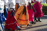 Mexico, Yucatan, Merida, Dancers with Swirling Skirts in Parade Foto von John & Lisa Merrill