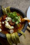Molcajete Bowl, Stew, Tlaquepaque, Guadalajara, Jalisco, Mexico Foto von Douglas Peebles