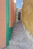 Mexico, Guanajuato, Colorful Alleyway Foto von Rob Tilley