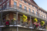 LA, New Orleans. Buildings with Balcony Gardens at Jackson Square Foto av Trish Drury