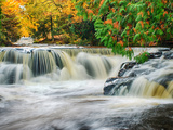 Michigan, Upper Peninsula. Bond Falls on the Ontonagon River Foto af Julie Eggers