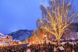 Christmas Lighting Festival, Leavenworth, Bavarian Village, Washington Photographie par Stuart Westmorland