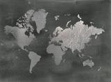 Silver Foil World Map on Black ポスター : ジェニファー・ゴルトベルガー