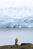 A Hiker Dwarfed by the Fracture Zone of a Glacier on the Greenland Ice Sheet Fotografisk trykk av Jason Edwards