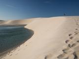 A Sand Dune Near Jericoacoara, Brazil Impressão fotográfica por Alex Saberi