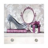 Fashionably Gifted Plum Affischer av Angela Staehling