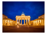 Berlin Brandenburg Gate Before Sunrise Stampe di Melanie Viola