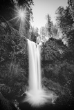 Falls Creek Falls in Black and White, Washington, Columbia River Gorge Fotografie-Druck von Vincent James