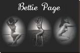 Bettie Page Triptych Impressão em tela esticada