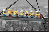 Despicable Me - Minions lunch on a skyscraper Opspændt lærredstryk