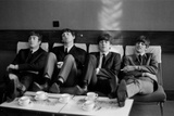 Beatles at Prince of Wales Theatre in London taking a Break During Rehearsals, Nov 1963 Fotoprint av Roy Illingworth