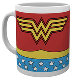 DC Comics - Wonder Woman Costume Mug Krus