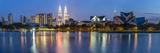Petronas Towers and City Skyline, Lake Titiwangsa, Kuala Lumpur, Malaysia Fotografie-Druck von Peter Adams