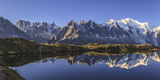 The Mont Blanc Mountain Range Reflected in the Waters of Lac De Chesery at Sunrise Impressão fotográfica por  ClickAlps