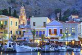 Boats in Symi Harbour at Dusk, Symi, Dodecanese, Greek Islands, Greece, Europe Fotografisk tryk af Neil Farrin