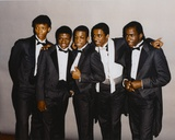 Bobby Brown in Formal Wear Group Portrait Foto af  Movie Star News