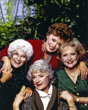 Golden Girls Holding Hands Each Other Portrait Foto von  Movie Star News