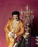 Liberace posed in Yellow Sparkling Suit Photo by  Movie Star News