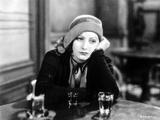 Greta Garbo Leaning and Drinking at the Bar Fotografia por  Movie Star News