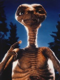 Et Portrait in Blue Background Photo by  Movie Star News