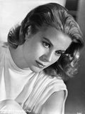Grace Kelly Holding Horse Black and White Photo by  Movie Star News