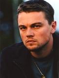 Leonardo Dicaprio in wearing Black Leather Jacket Close Up Portrait Foto von  Movie Star News