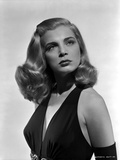 Lizabeth Scott Portrait in Classic with White Background Foto af  Movie Star News