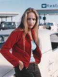 Leelee Sobieski Leaning in Red Sweater Portrait Foto af  Movie Star News