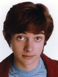 That 70s Show Josh Meyers in Brown jacket 写真 :  Movie Star News