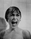 Psycho Close Up Portrait of Woman Screaming in Black and White Foto av  Movie Star News